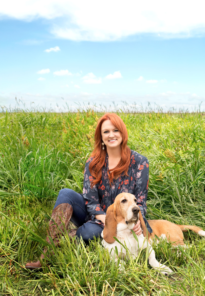 Ree Drummond Pioneer Woman with Walter the basset hound